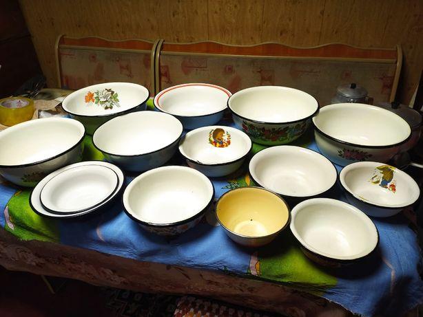 Разносы и чашки, ковш