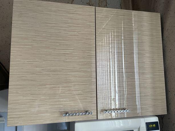 Кухонный гарнитур (2 шкафа)