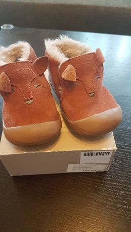 Papuci piele intoarsa Zara, imblaniti -marimea 19