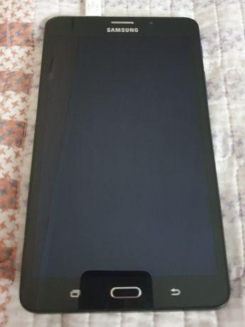 Продам Samsung Galaxy Tab A6 2016 с чехлом в хорошем состоянии