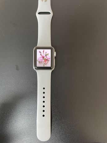 Apple Watch 3, 38 мм