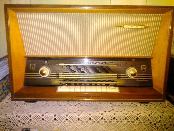 Radio vechi de colectie, SYMPHONIA, pe lampi