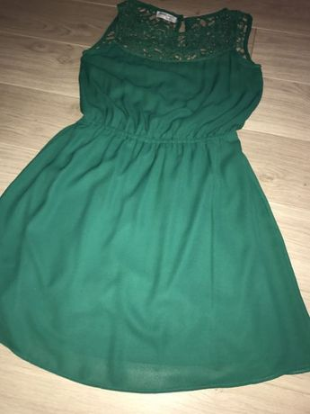 Rochie verde cu dantela
