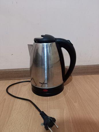 Продам чайник. Электрический.