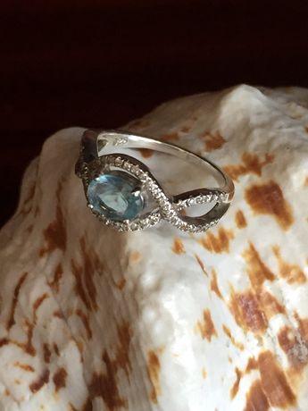 Сребърен пръстен, сребърен синджир и сребърни обеци