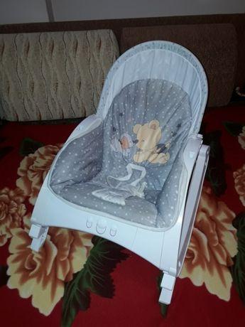 Вибриращ бебешки шезлонг Lorelli + термоизолатор