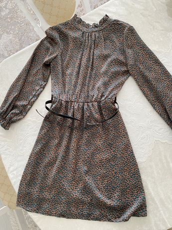 Платье. 44 р