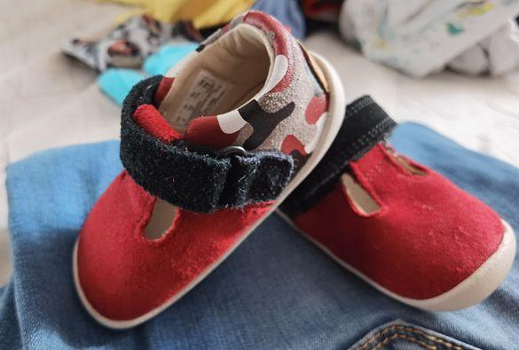 Обувки за прохождане Clarks номер 17.5 като нови