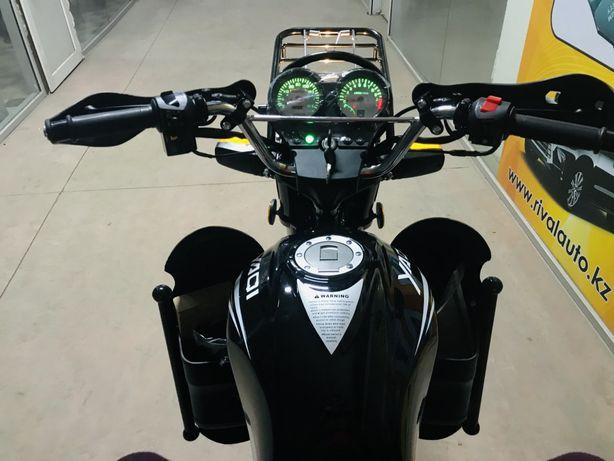 Мотоцикл мото мотор мотоцикл запчас каска цеп диски