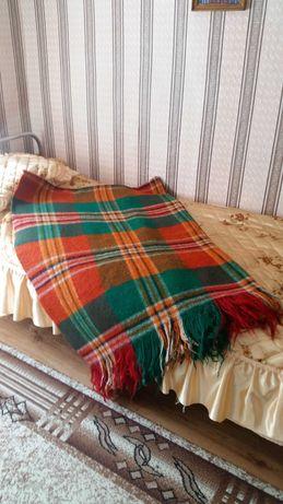 Вълнени одеала и покривки за легло