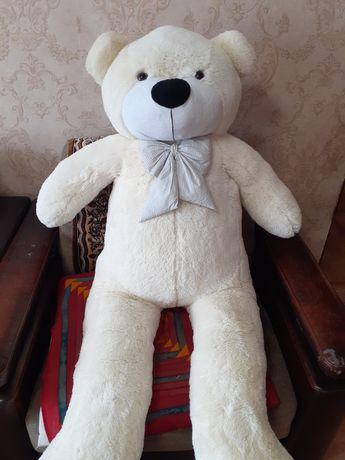 Продам плюшевого медведя