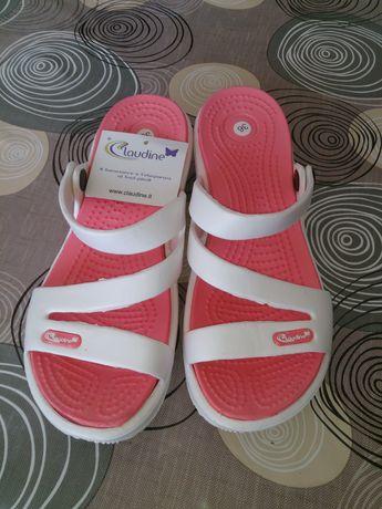 Продавам италиански гумени чехли