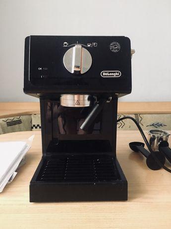 Рожковая кофеварка Delonghi ECP 35.31.