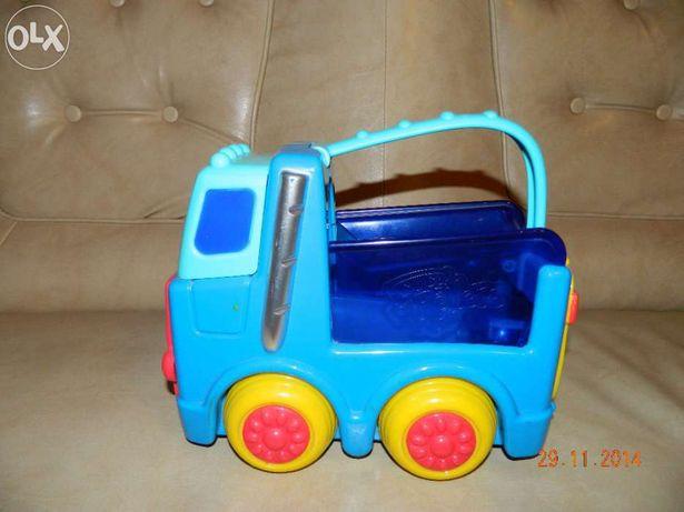 Masina interactiva mai ales pentru copiii pana la 6 ani