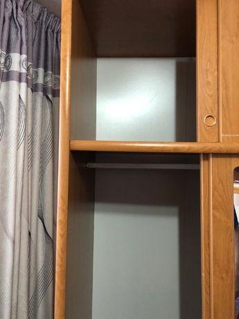Продам плательный шкаф коричневого цвета