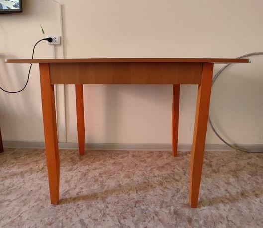 Обеденный стол продается