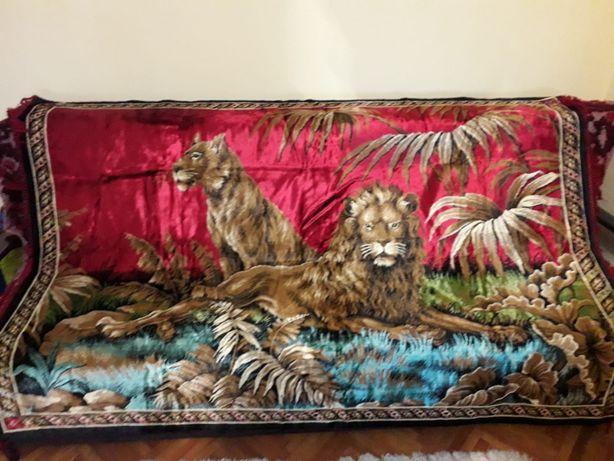 Carpetă persană de perete/pat