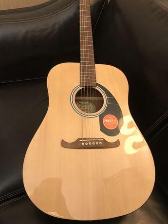 Срочно продам гитару Fender