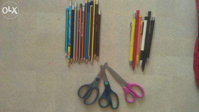 Ножницы и карандаши