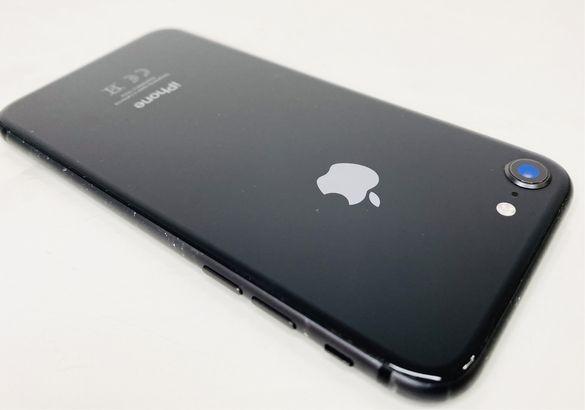 Apple iPhone 8 64GB Black Отличен! Гаранция!