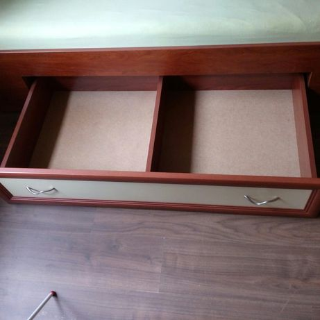 Комплект легло с гардероб