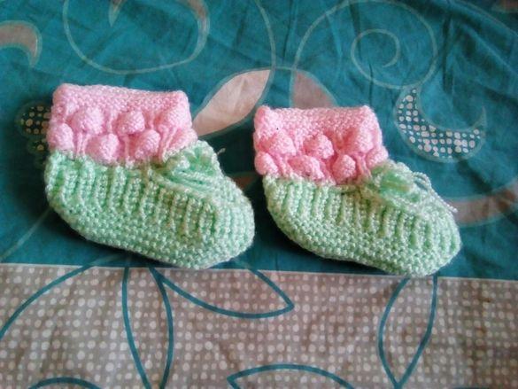Бебешки терлички модел малинки