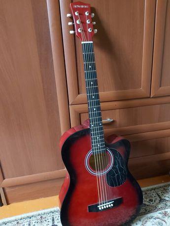 Аккустическая гитара новая+чехол