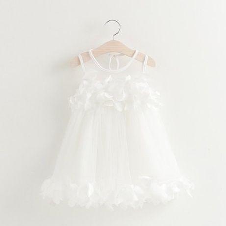 Детска рокля 3 години Ново .бяла ЛИСТА