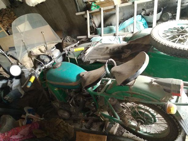 Мотоцикл Урал Срочно
