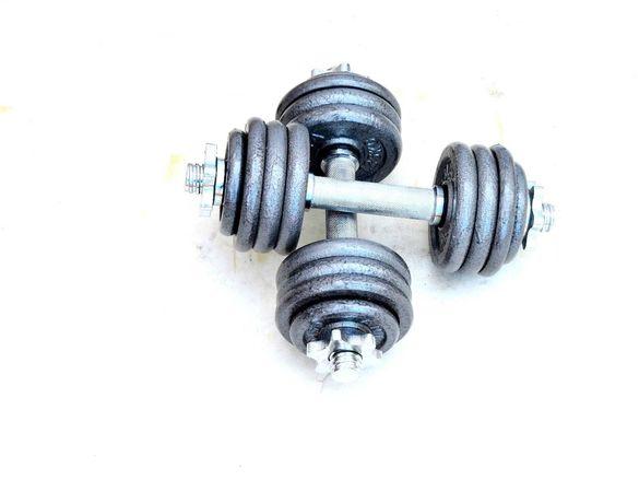 Дъмбели с метални дискове - 2 х 10 КГ