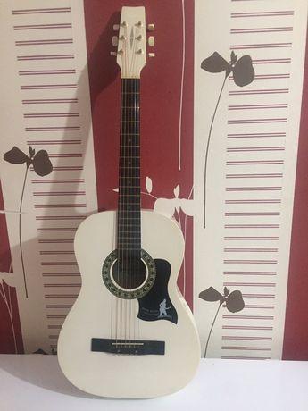 гитара (Madina 38)