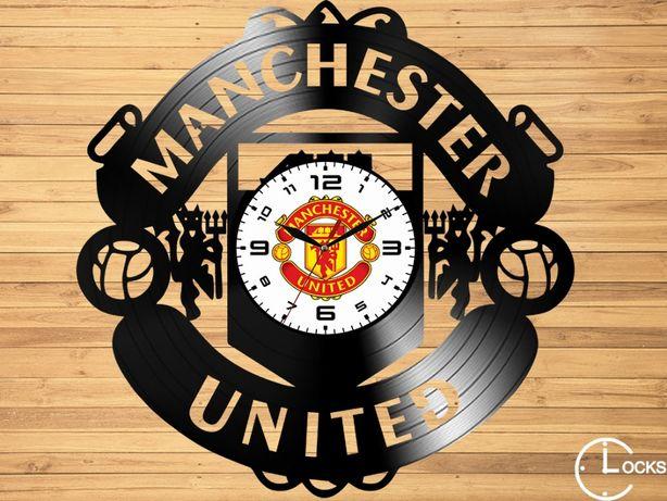Ceas de perete din lemn Manchester United | sport fotbal minge cadou