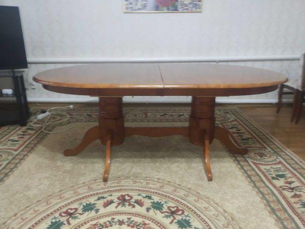 Срочно продам раздвижной стол для гостинной