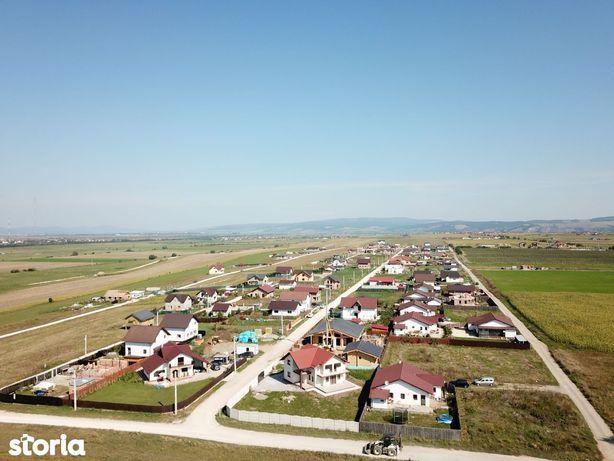 Parcele constructii case 500 mp Sanpetru spre Bod
