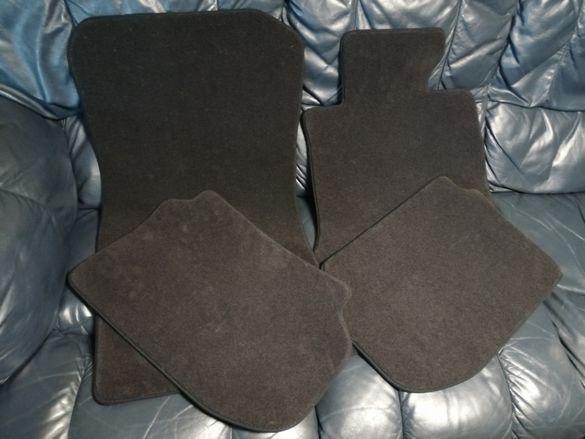 Продавам НОВИ оригинални текстилни стелки за БМВ 5-та серия Ф10 (F10)
