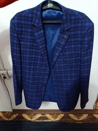 Продам пиджак новый