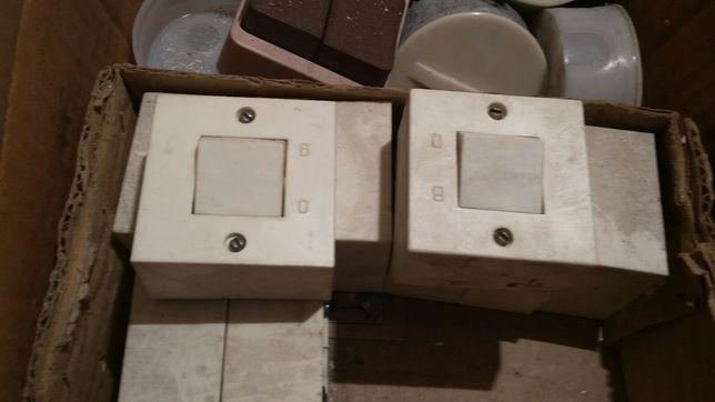 Продам СОВЕТКИЕ выключатели и распределительные коробки