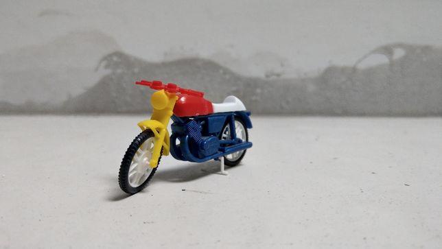 Macheta motocicleta vintage anii '80 Laverda Cafe Racer 1:43