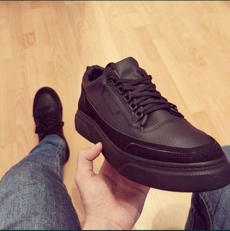 Продам оптом Осеннюю мужскую обувь