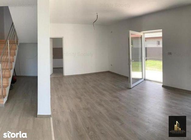 Casa tip duplex cu 5 camere in Sacalaz