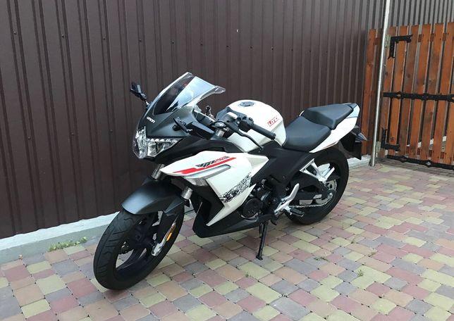 Продам. Мотоцикл Loncin GP 255