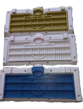Rampa urdinis de plastic cu aerisire pentru transport
