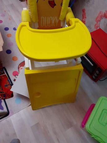 Детский столик. Балалар орындығы