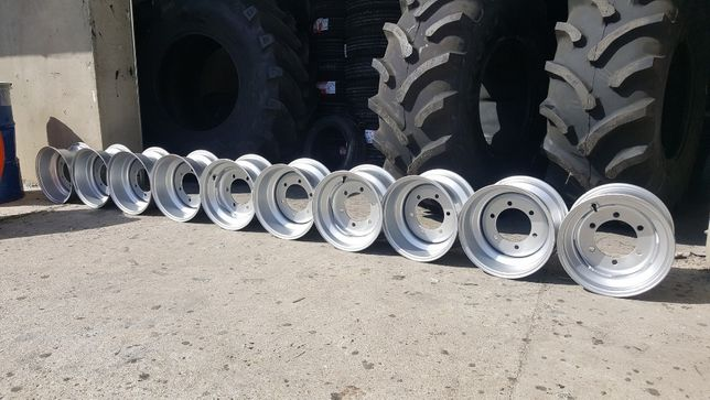 Jante noi R 15.3 toli in 6 prezoane cu gaura de 16 cm cauciucuri 15.3