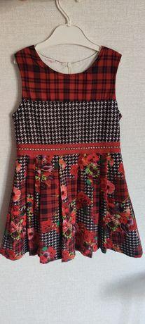 Продам платье 4-5 лет