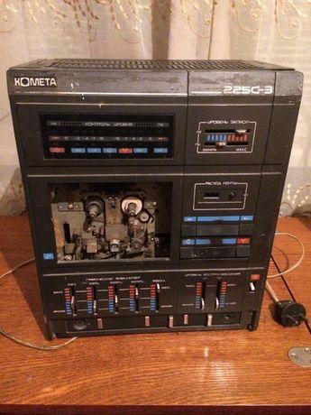 """кассетный магнитофон """"Комета"""""""