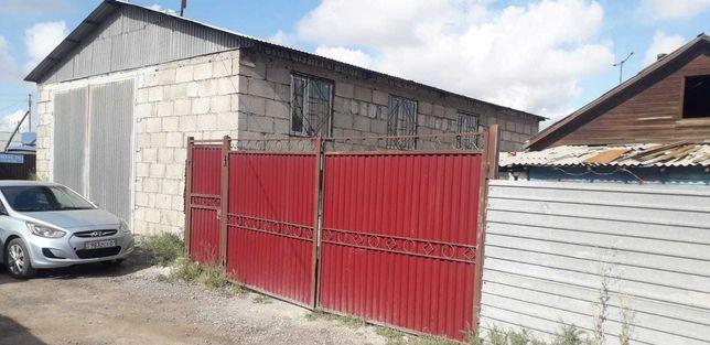 Продам здание площадь 105м2 с домом и участком р-н Лесозавода