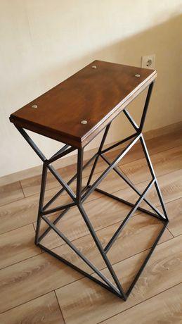 АРТ стол от желязо и дърво