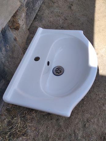 Новая раковина для ванной