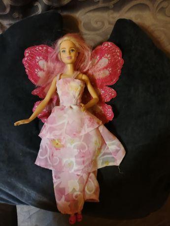 Păpușă Mattel cu aripi